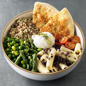 Salade bowl verdure e cereali